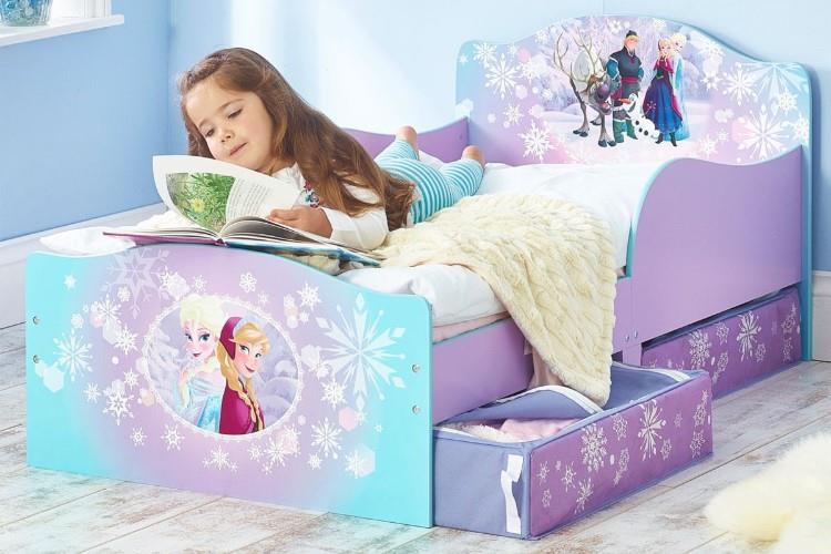 Frozen Snuggle time bed sfeerimipressie in gebruik
