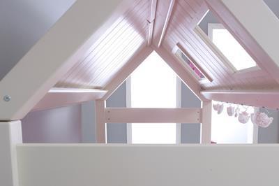 Nova hutbed laag roze aangekleed binnenkant dak