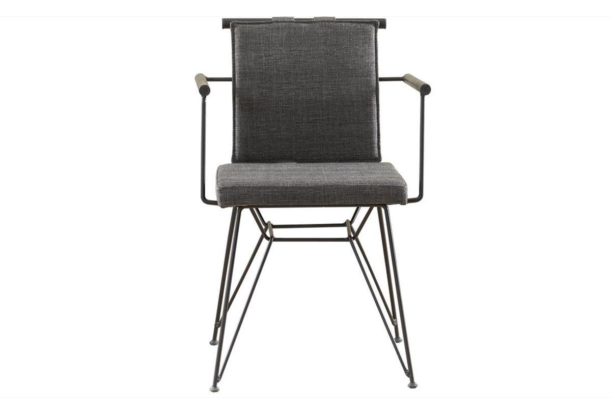 Iron stoel